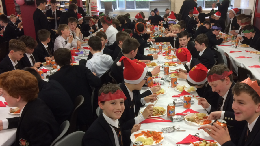 First Year Christmas lunch 1600x1200
